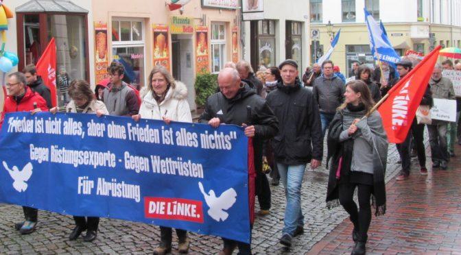 Eindrucksvolle Demonstration für Frieden und Abrüstung